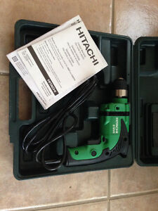 Hitachi D10VH reversible corded drill new