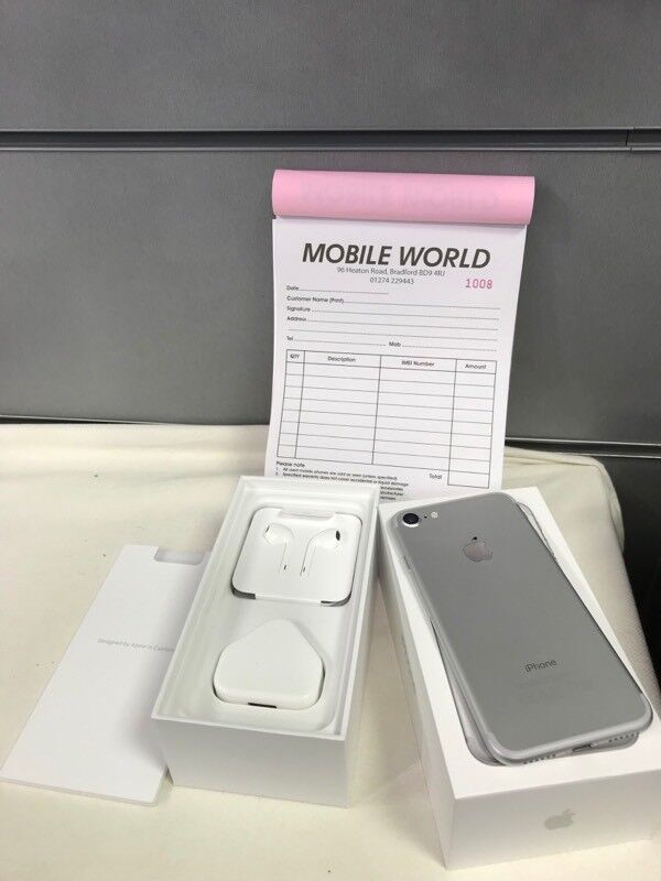 Iphone 7 Silver 32GB NEW boxed with 12 months Apple warranty