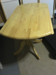 New Kitchen Table with 2 chairs