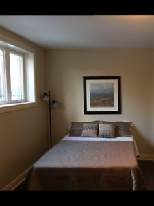 Large Bright Room All included Nov1 or Dec 1