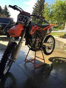 2014 KTM SXF 350 ( extremely low hours )