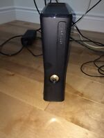 Xbox 360 with 250gb space and 17 games