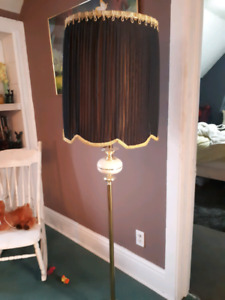 2 vintage free standing lamps