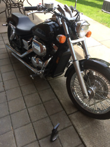 Beautiful 2002 Honda Shadow Spirit 750