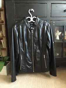 LEATHER COAT FOR SALE