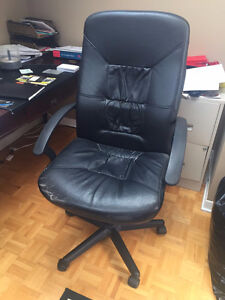 Black leather computer chair in good condition - MOVING SALE!