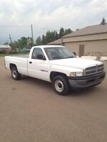 2001 Dodge Ram 1500... Very Low Km's
