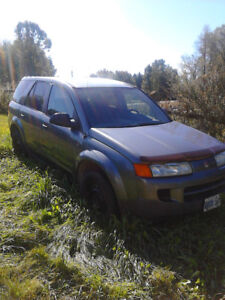 Parting out 2005 Saturn VUE SUV, Crossover