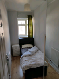 Box room in golders green/Childs hill