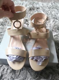 Essex glam size 7 midi heels