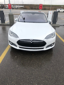 2014 Tesla Model S Sedan only 45,500km