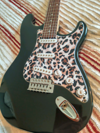 Elevation electric guitar with gig bag