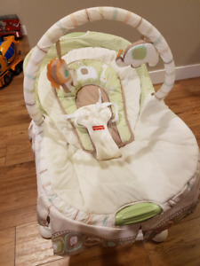 Fisher Price Soothing Motions GLIDER - In brand new condition