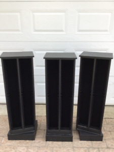 3 x rotating CD towers holding 200 CDs each