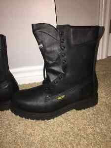 Thinsulate Gore Tex boots Kitchener / Waterloo Kitchener Area image 2