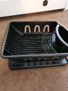 Plastick dish plate drainer