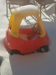 Outdoor toddler car
