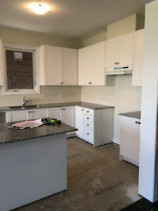 BRAND NEW KITCHEN CABINETS AND GRANITE COUNTERTOP FOR SALE