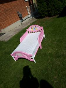 Toddlers princess plastic bed