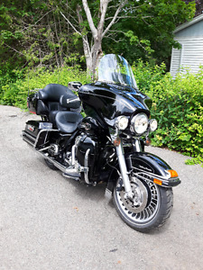 2010 Harley Ultra Classic -Reduced to sell