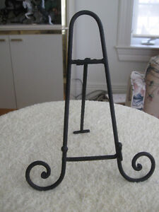 MINI-SIZED OLD VINTAGE FOLD-UP CAST IRON ART EASEL