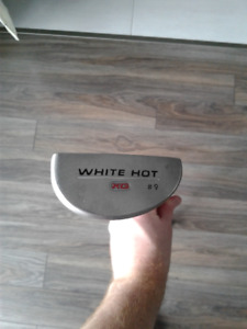 Putter Odyssey White Hot XG #9 avec Poignée WinnPro X 1.60