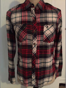 Abercrombie and Fitch Woman XS plaid shirt Kitchener / Waterloo Kitchener Area image 1