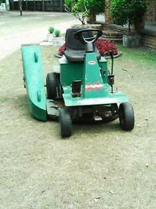 Ride On Mower A.M.C . 13 h.p, With  Catcher Urangan Fraser Coast Preview