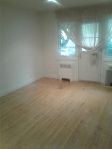 Newly renovated 5 1/2 apartment for rent