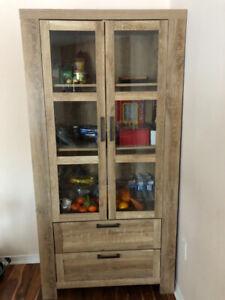 Kitchen glass door wood cabinet