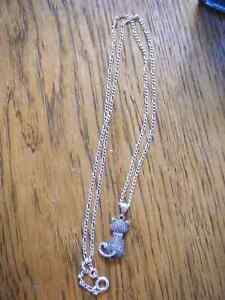 Sterling silver figaro style chain and cat pendant