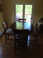 4 person kitchen table