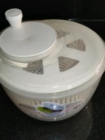 Salad drier