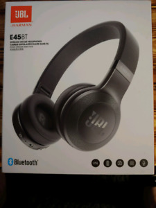 New JBL Harman Bluetooth headphones