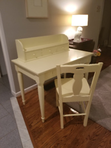 POTTERY BARN DESK, CHAIR AND DESKTOP ORGANIZER