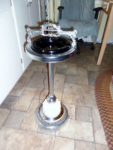 Vintage lighted base stand up ashtray
