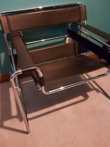 Wassily | Buy or Sell Chairs & Recliners in Canada | Kijiji