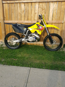 **VERY CLEAN 2003 RM250 WITH OWNERSHIP**