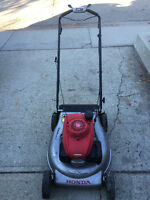 HIGH END HONDA HRR216 LAWNMOWER AND HUSQVARNA AND LAWNBOY