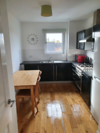 TO LET 2 bed 2 bath flat Belvidere gate glasgow