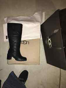 UGGSize 5 womens leather ugg boots Selling half retail price !!!