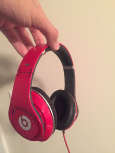 Selling SEXY Red Genuine Dr-Dre Beats Studio Over Ear Headphones
