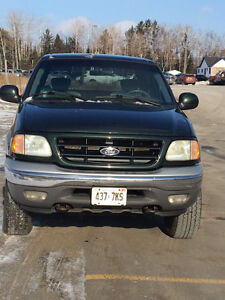 2002 Ford F-150 XTR 4x4 Supercab (4dr)