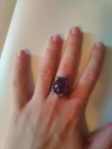 Sterling silver ring with amethyst and sapphires/bague en argent