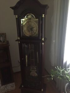Battery Operated Grand Father Clock