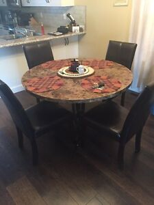 Granite kitchen table  Strathcona County Edmonton Area image 1