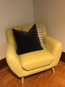 BRAND NEW STRUCTUBE CHAIR- $180