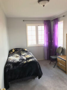 Beautiful room for rent in Ajax !