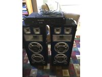 Two 600w DJ Speakers with a 600w amp