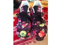 Ladies adidas trainers size 5 1/2